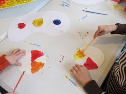 a lesson in color mixing teach preschool