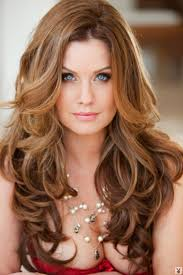 sexy styles for long curly layered hair using clips and combs hairstyles for long curly hair and bangs hair styles long
