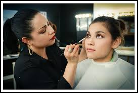 best makeup school makeup artists professionals course