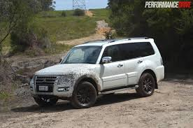 mitsubishi toyota 2015 mitsubishi pajero exceed review video performancedrive