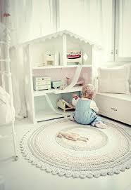 kinderzimmer teppich rund teppich babyzimmer kreative ideen über home design
