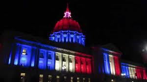 sf city hall lights san francisco city hall blue white and red lights november 13 2015