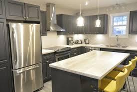 armoir de cuisine armoire cuisine en bois garde manger de cuisine en bois style