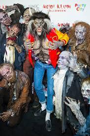 heidi klum u0027s halloween costume 2017 popsugar celebrity photo 8