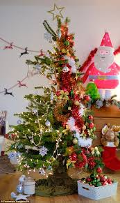 Christmas Tree Stop - b u0026q unveils first 50 50 fake and fir christmas tree daily mail