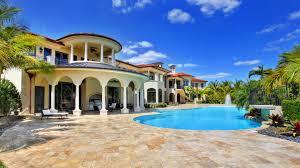 home pool this former nfl star u0027s mansion has a 1 million swimming pool la