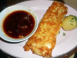 cuisiner le dos de cabillaud à la poele recette de dos de cabillaud a la panure japonaise sauce pimentée