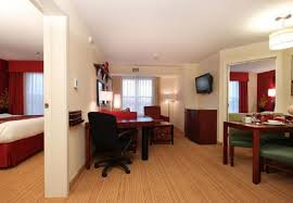 Comfort Suites At Woodbridge New Jersey Residence Inn Woodbridge Edison Raritan Center Hotel Amenities