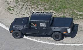 jeep truck spy photos 2019 jt wrangler pickup truck spotted testing u2013 extremeterrain