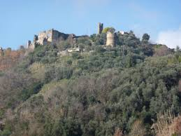 3 beautiful castles in northern tuscany
