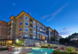 west lake vistas luxury pet friendly apartments in austin tx