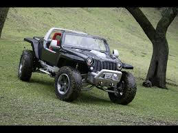 jeep life wallpaper 2005 jeep hurricane concept downhill 1024x768 wallpaper