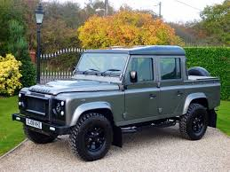 t elliott land rovers chelmsford essex