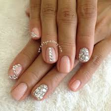 short nails polish how you can do it at home pictures designs