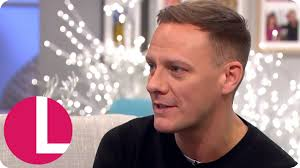 sean coronation street hair tansplant corrie s antony cotton is hoping for sean to find love lorraine