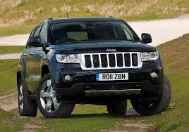 jeep grand cherokee all black jeep launches all new grand cherokee in uk