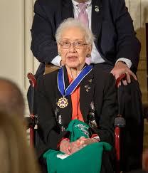 katherine johnson receives presidential medal of freedom nasa
