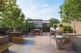 Backyard Staycations Luxury Nyc Residences Perfect For A Summer Staycation New York