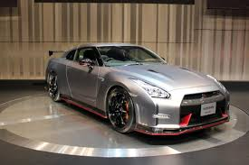 nissan gtr price in uae 2015 nissan gt r information and photos zombiedrive