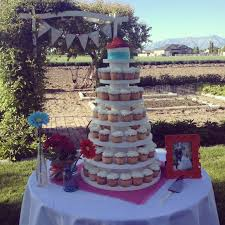 cupcake amazing how many cupcakes to order for wedding how much
