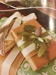 wrapping idea natural materials yet elegant gift wrapping