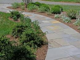 Front Yard Walkway Landscaping Ideas - how to create curved walkways