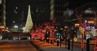 Cheap Christmas Decorations In Montreal by Montreal U0027s Official Christmas Tree To Be Set Up At Place Ville