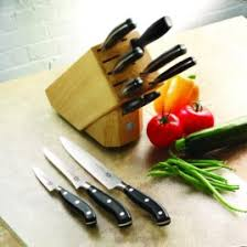 Knives In The Kitchen How To Use A Kitchen Knife Correct Technique And Safety
