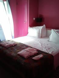 Cool College House Ideas by Modern Small Apartment Design Bedroom Ideas Simple And Easy