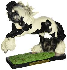 Horse Statues For Home Decor Amazon Com Enesco Trail Of Painted Ponies Vanner Stallion Stone