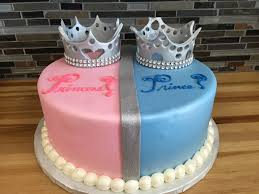 baby shower reveal ideas 10 gender reveal cakes with crowns photo royal prince baby