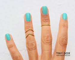 midi ring set 3 gold knuckle ring set chevron midi ring gold above knuckle