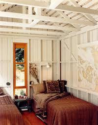 Rustic Vintage Bedroom - inspiring and budget friendly vintage bedroom ideas