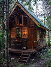 small cottages 10 tiny cabins that will you want to live small cottage