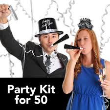 New Years Decorations Party City by How To Make Your New Year U0027s Eve Party The Easiest Party You U0027ve Hosted