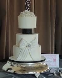 separated tiered wedding cakes wedding cake cake and weddings