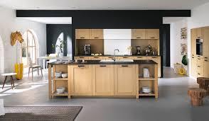 des cuisines en bois les plus belles cuisines bois mobalpa 2017 et cuisine bois naturel
