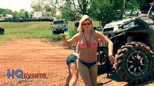 muddy jeep girls louisiana mudfest girls trucks gone wild video dailymotion