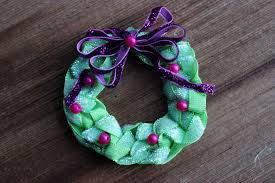 christmas ribbon wreath hairbow jewelry pin or tree ornament