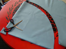 how to make a stencilled tree skirt design inspiration