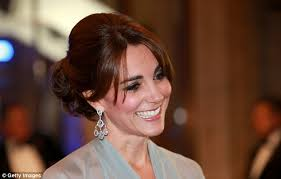 kate middleton diamond earrings kate middleton wore carole s dazzling 14 300 diamond