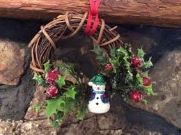 24 best grapevine ornaments images on grapevine wreath