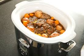 the 8 best slow cookers and crock pots to buy in 2018