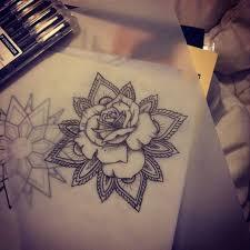 plus de 25 idées magnifiques dans la catégorie rose mandala tattoo