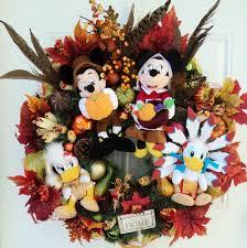 122 best disney wreaths images on disney wreath