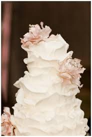 25 ombre u0026 ruffle wedding cake wonders cake ruffles and wedding