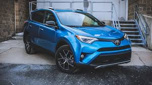 2017 toyota rav4 review roadshow