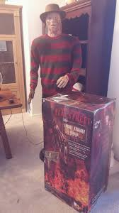 Lifesize Animated Halloween Props by Mint Condition Life Size Animated 6 Ft Freddy Krueger Gemmy