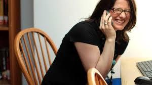 mama dormida mientras que su hijo se la coge contrato que una madre exigió a su hijo para tener un iphone