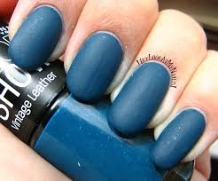 hey look at my nails maybelline color show vintage leather nail